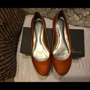 Kenneth Cole New York Flats